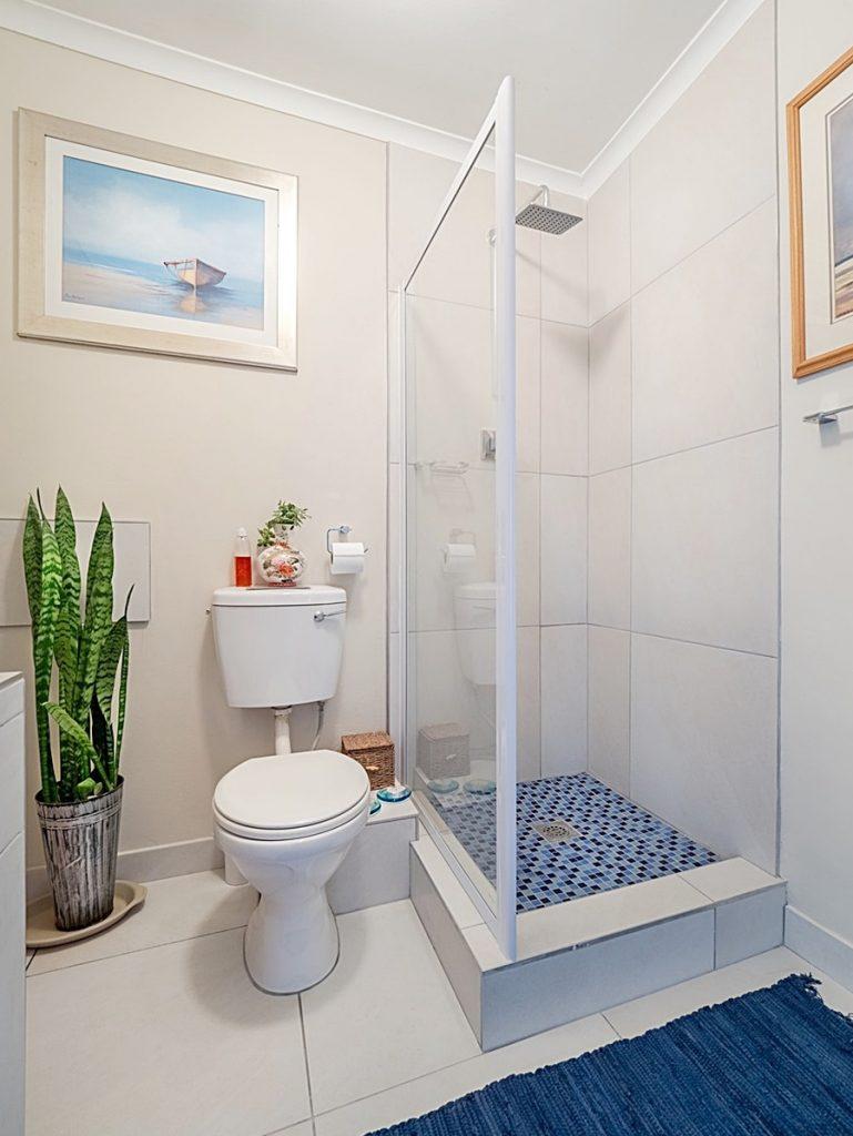 ตู้อาบน้ำ