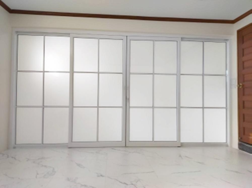 กั้นห้องกระจก ราคา